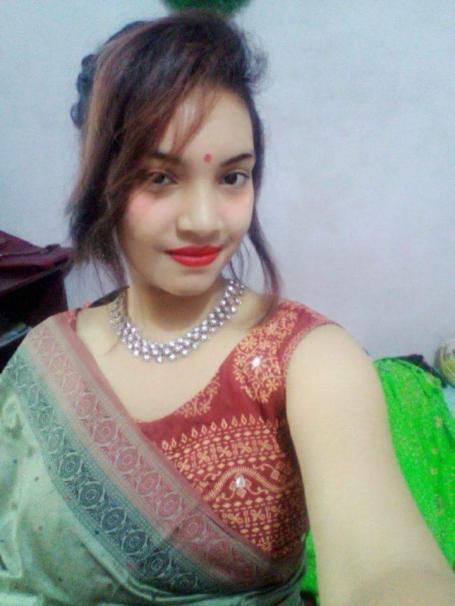 Bangladeshi College Girl Natasha Posing Nude ~ (Complete