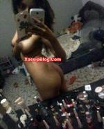 Busty Pakistani College Girlfriend Nude Selfie