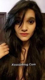 UK Pakistani Girl Nude Selfie