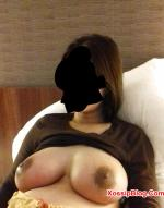 Big Boobs UK Pakistani MILF Nude Show