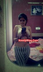 Horny Desi Girlfriend Selfie Nude