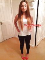 UK pakistani girl big boobs show selfie
