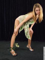 Sexibl nude pics - Nude pic