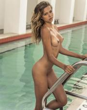 5d067be5931d6 - Celebrity Naked or Oops - 1 to 4 Pics Only